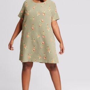 Ava & Viv sage floral tshirt dress